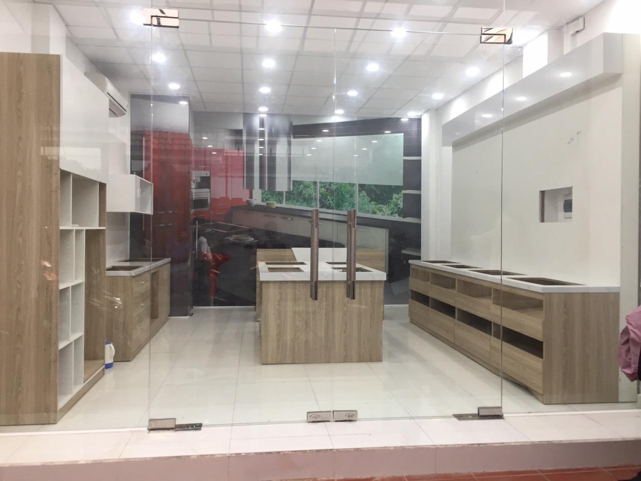 thiết kế và thi công showroom sakura